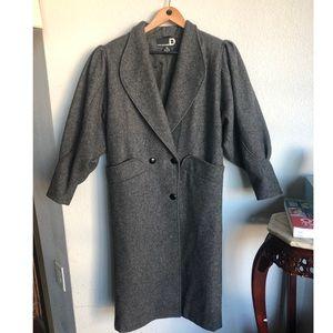 Vintage puff sleeves Long coat 🧥 classy sz 6 ❤️❤️